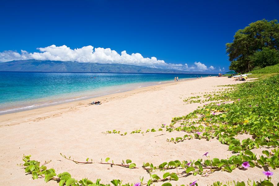 Nearby Kahekili Beach Park on Ka`anapali Beach