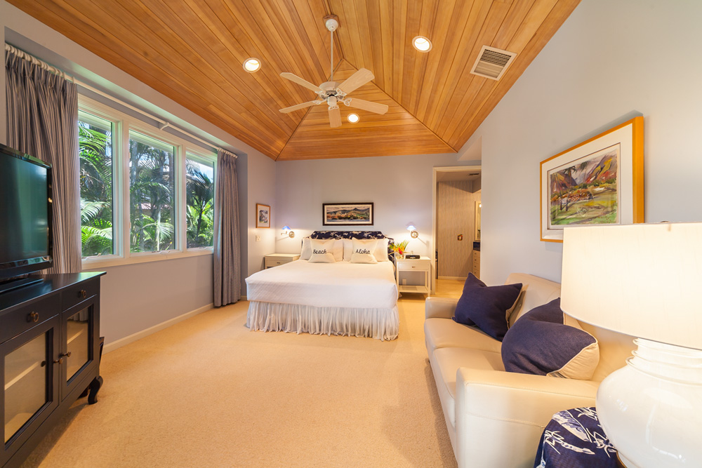 Opal Seas At Baby Beach - Main Level Poolside King Master Bedroom Two with...