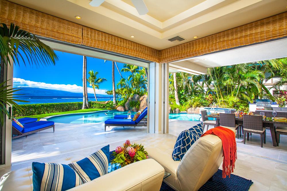 Opal Seas At Baby Beach - Ocean View Poolside Great Room with Indoor/Outdoor...
