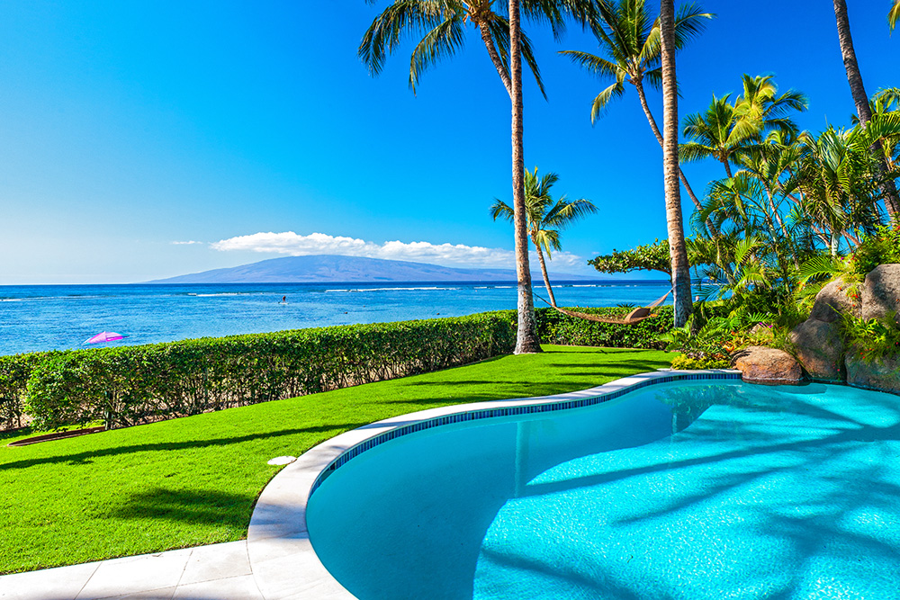 Opal Seas At Baby Beach - Private Beachfront Heated Pool with Grass Lawn...