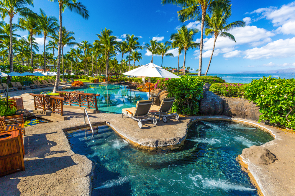 Sun-soaked Ocean View Adult-Use Spa Hot Tub Whirlpool Spa in Wailea Beach Villas