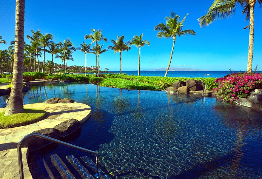 et Directly on Wailea Beach - Enjoy Calm Morning Ambiance at Wailea Beach Villas
