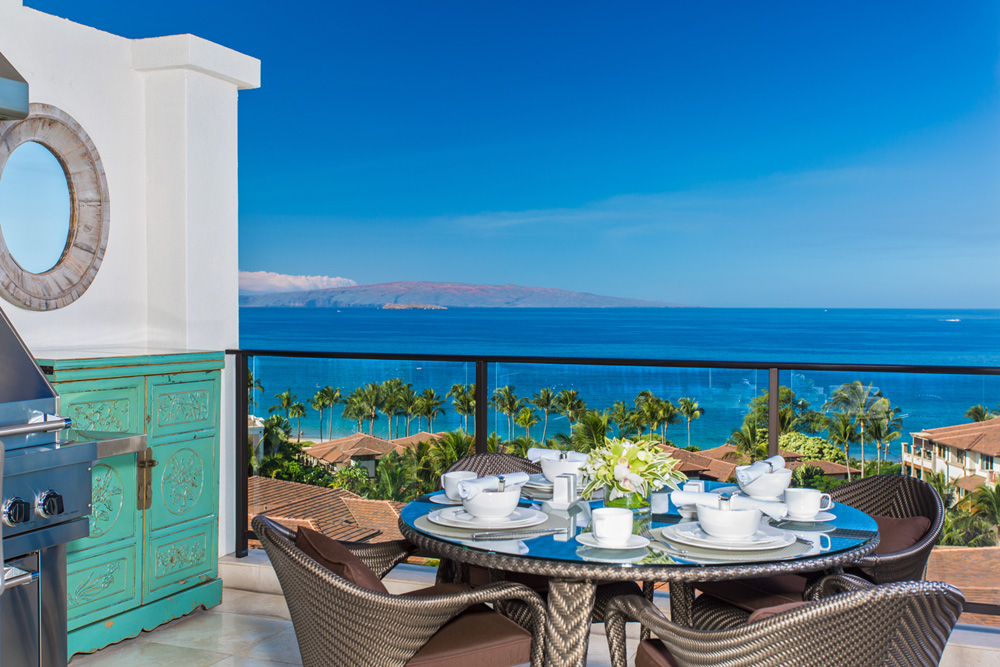 J505 Orient Pacific Suite - Enjoy Outdoor Dining with Viking BBQ Spacious...