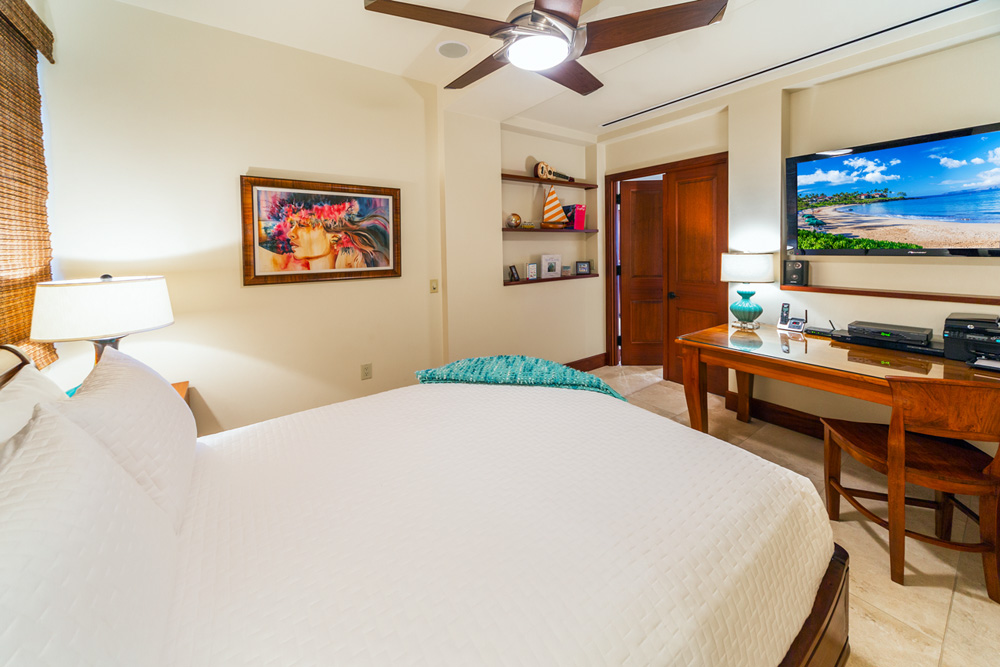 L509 Sandcastles Suite A View Into the Fourth Bedroom With Queen Bed This...