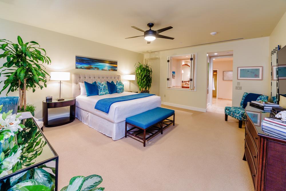J405 Sea Breeze Suite Ocean View Master Bedroom with Direct Ocean Patio...