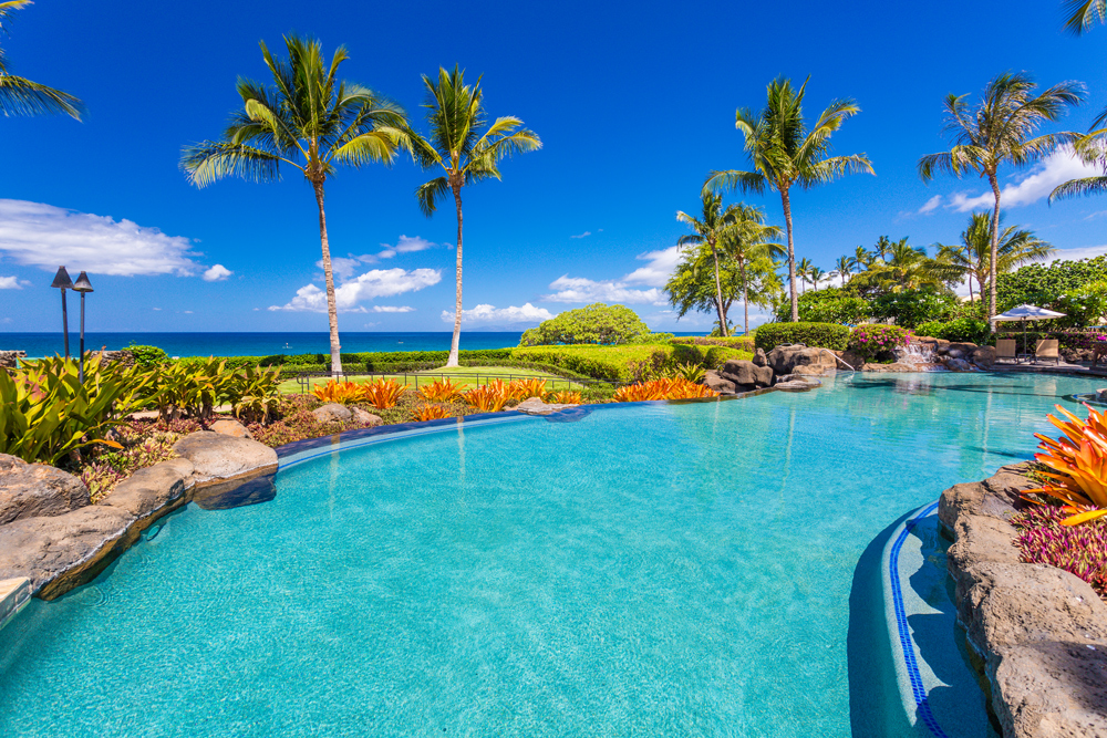 Beach Front Adult Infinity-Edge Heated Swimming Pool set Directly on Wailea...