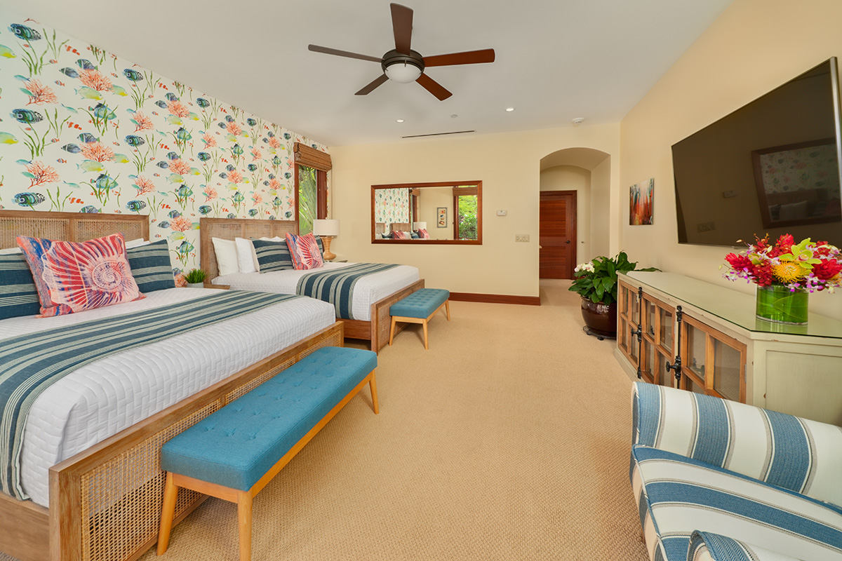 Second Master Bedroom with 2 Queen beds with Ensuite Bathroom