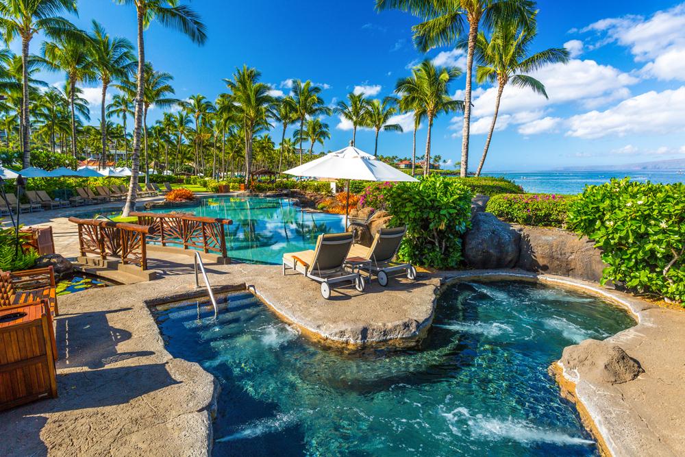 Ocean View Adult-Use Spa Hot Tub (18 +) Whirlpool Spa in Wailea Beach Villas