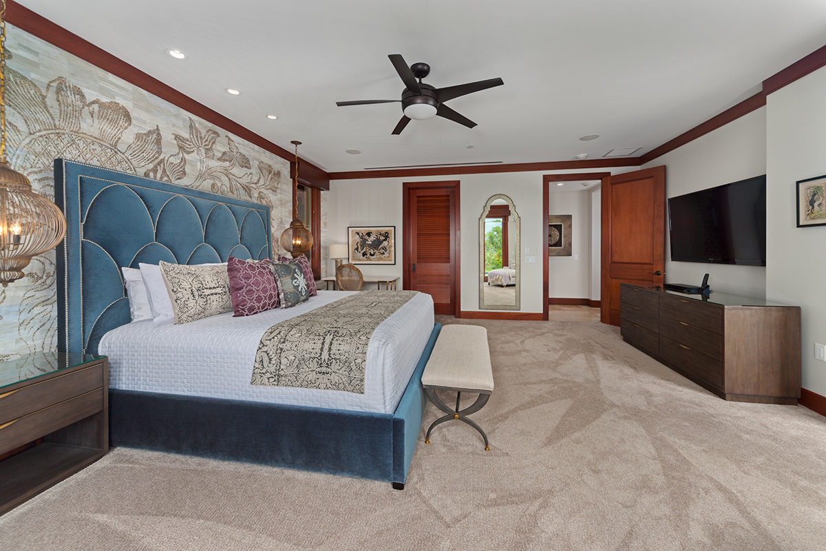 Partial Ocean View Master with Cal King Bed and Direct Access To Plunge Pool